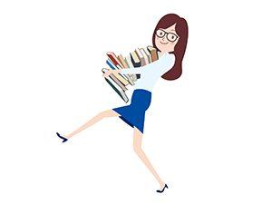 本を運ぶ女性